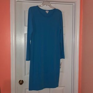 Beautiful blue LuLaRoe Debbie 2XL. NWT.